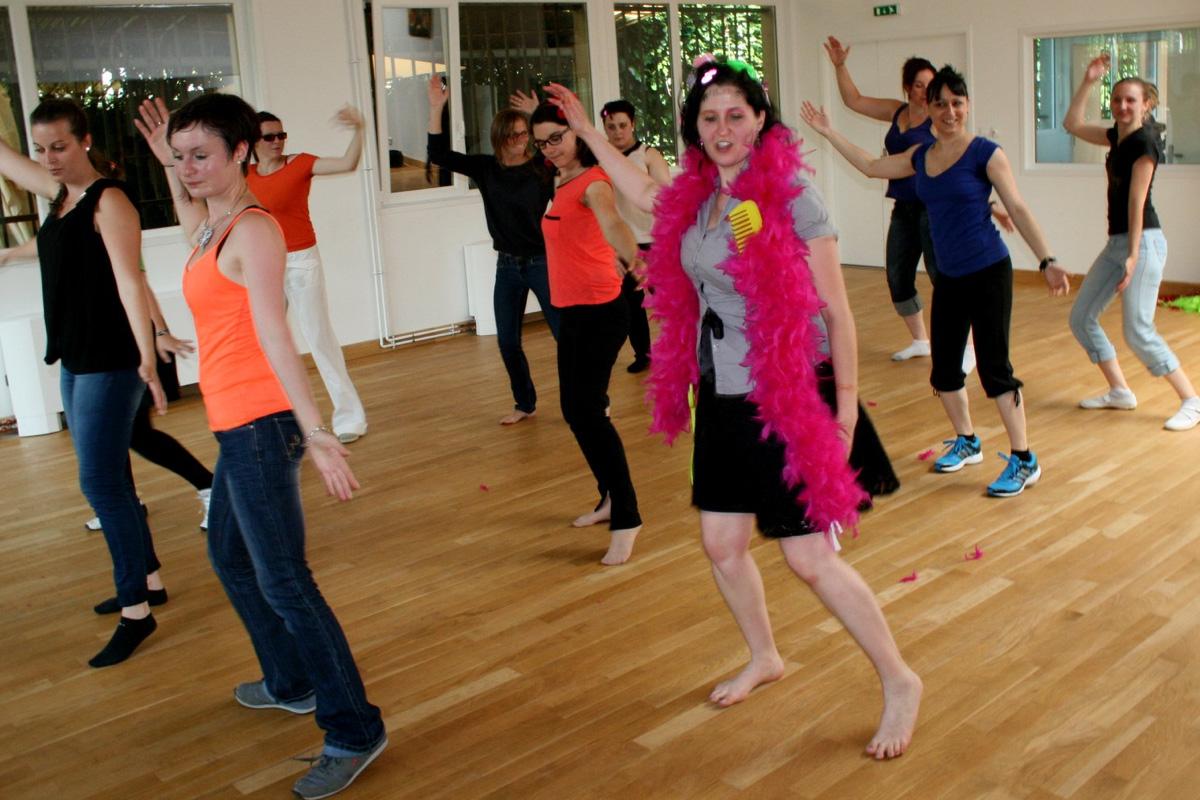 Activités evjf cours de salsa kuduro chorégraphie danse swing labougeotte laval mayenne