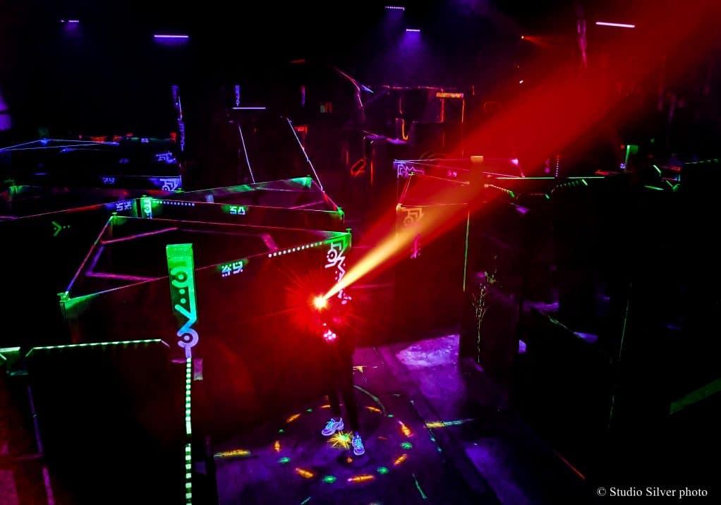 labyrinthe activité effets spéciaux evjf laser game laval blog labougeotte
